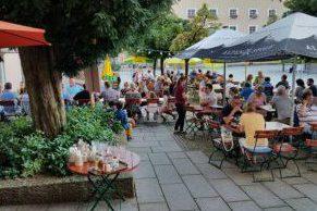 Biergarten im Restaurant Hünns
